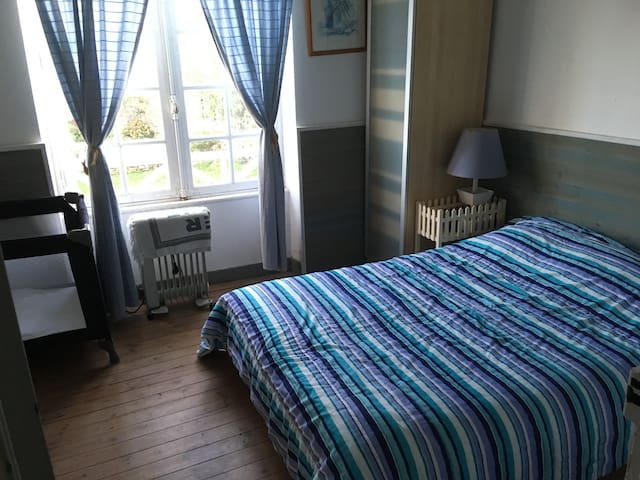 chambre 2 avec SDB 2