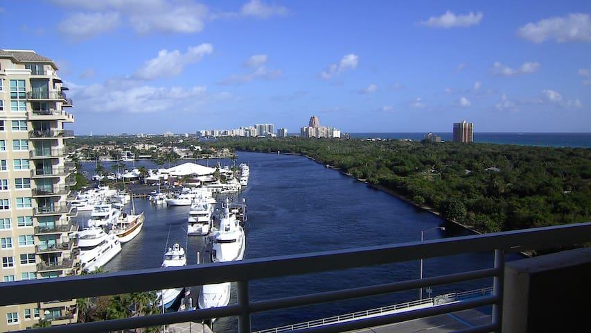 Ocean view- Free parking-Walk to beach- 12th floor - Fort Lauderdale - Apartamento