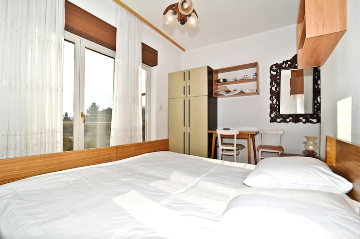 Room with own bathroom - Zadar - Bed & Breakfast