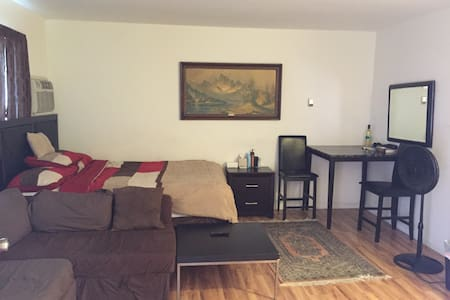 Large studio in North Hollywood - Los Angeles - Apartment