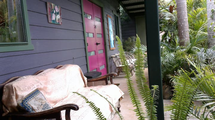 Tranquil vibes - private guest room in Nimbin <3