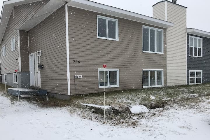 3-bedrooms in Labrador City Downtown
