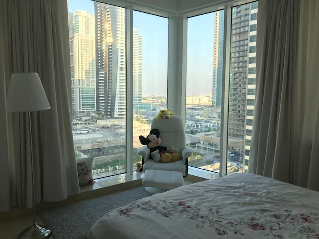 One Bedroom Apartment in 5* Hotel Residents in JLT