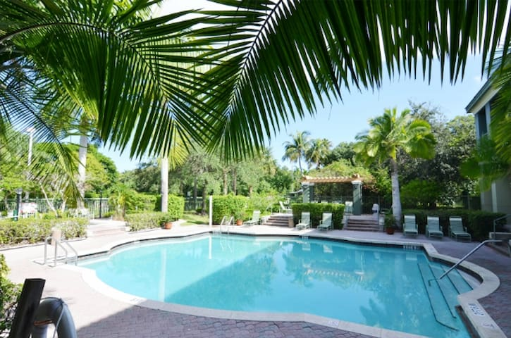 Coral Springs 2018 (with Photos): Top 20 Places to Stay in Coral ...