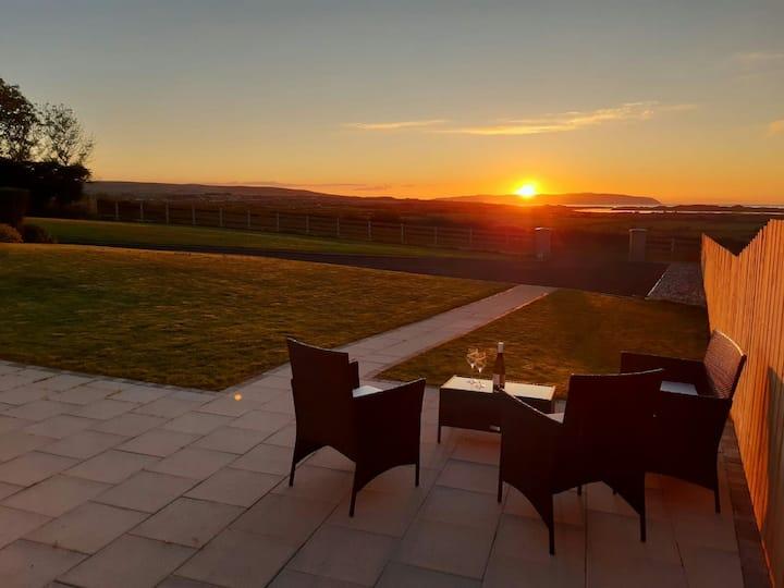 Tranquil setting, stunning views, luxury living