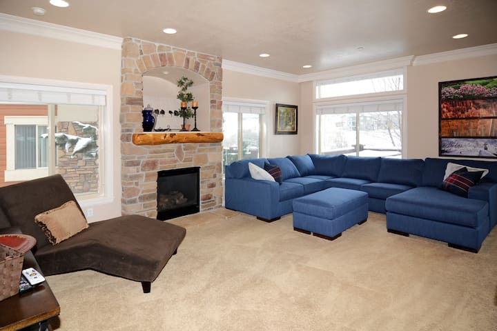 4Seasons Haven - Lakeside Unit 48, Huntsville, UT