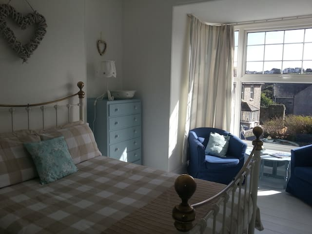 Beautiful and Sunny Double Room - Cornwall - Lain-lain
