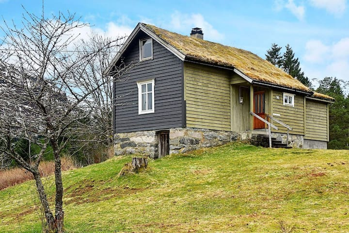 5 person holiday home in vassenden
