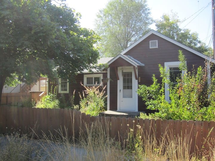 Your Urban Cottage in Missoula