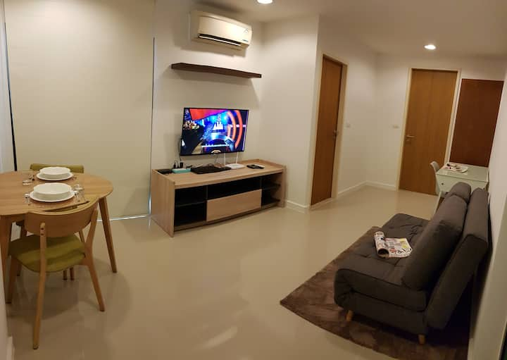 Free Airport pick-up, 1BR  4mins from BTS Ekkamai