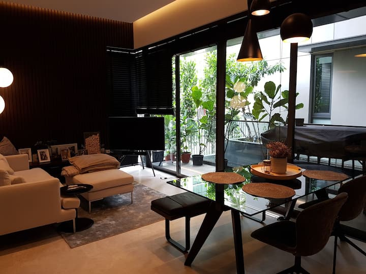 Spacious resort living with private balcony/pond