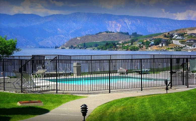 One Bedroom Lake Chelan Shores Retreat