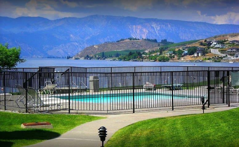 One Bedroom Lake Chelan Shores Retreat