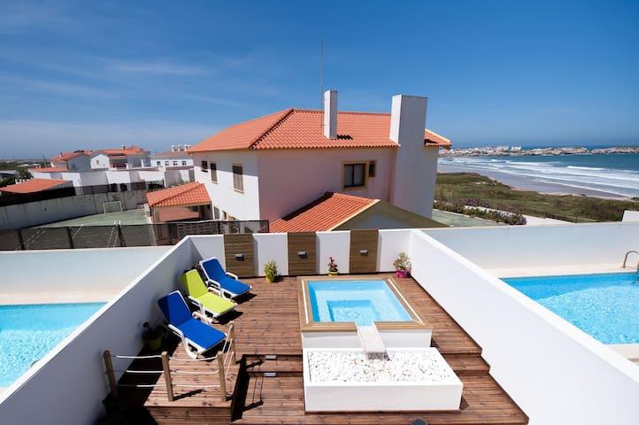 Baleal Beach Holiday Villa - The Sun Terrace House