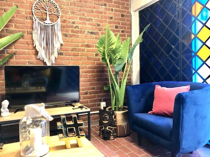 Habitación en casa con Jardín en Zona Céntrica