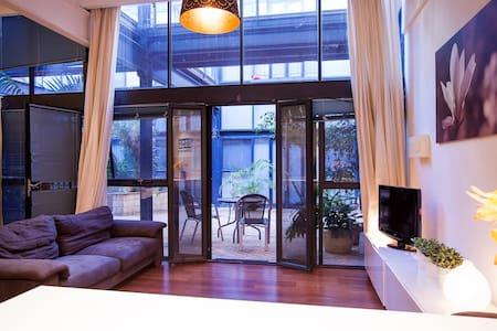 Warehouse Apartment Fremantle - Fremantle - Apartment
