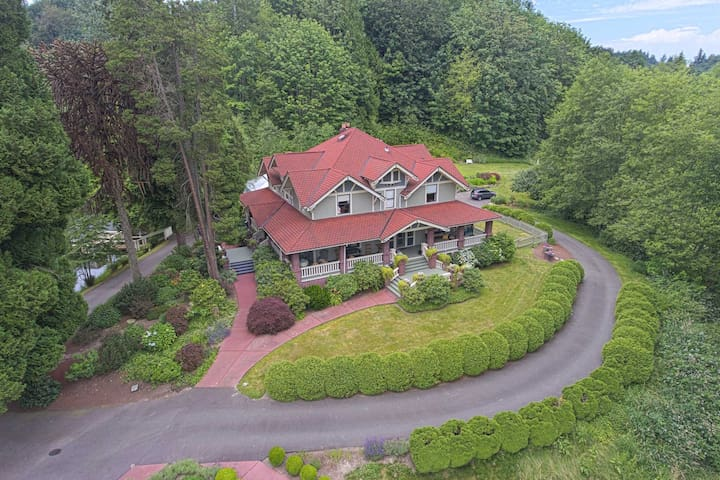 Historic Auburn House on 37 Acres w/Private Lake!