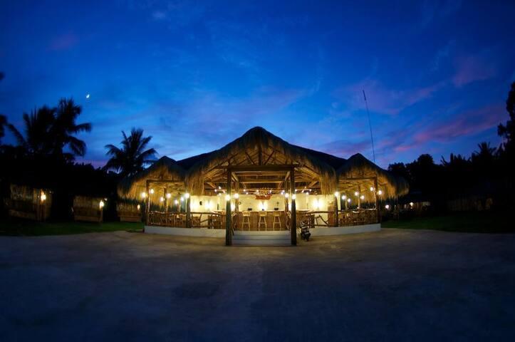 Native cottage Dumaguete RoomC - Dumaguete City - Cabane