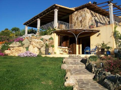 San Teodoro B&B villa monti