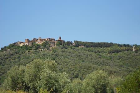 Appartamento con romantico terrazzo panoramico - Giuncarico