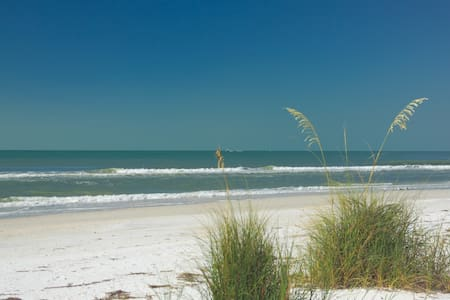 sunny Beachplace at Longboat Key - Lejlighed