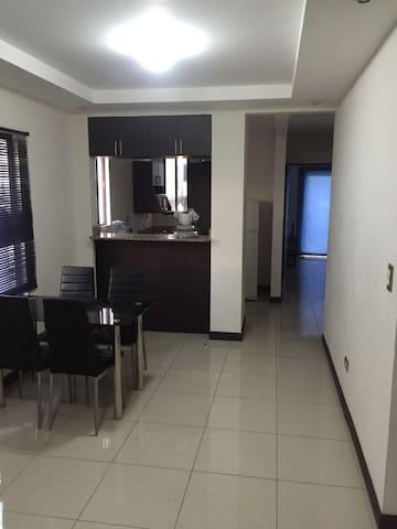 Apartamento 100% Amueblado Cariari