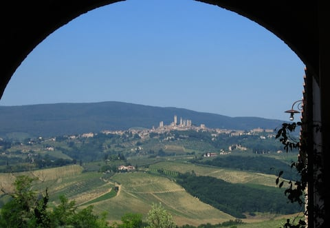 San Gimignano country apartment