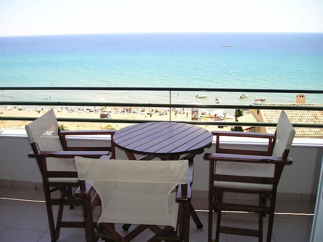 Glyfada beach apartment 2-4 people - Korfu - Byt