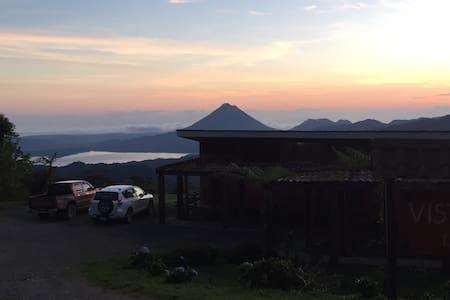 Vista Verde Lodge en el bosque de Niebla - Monteverde