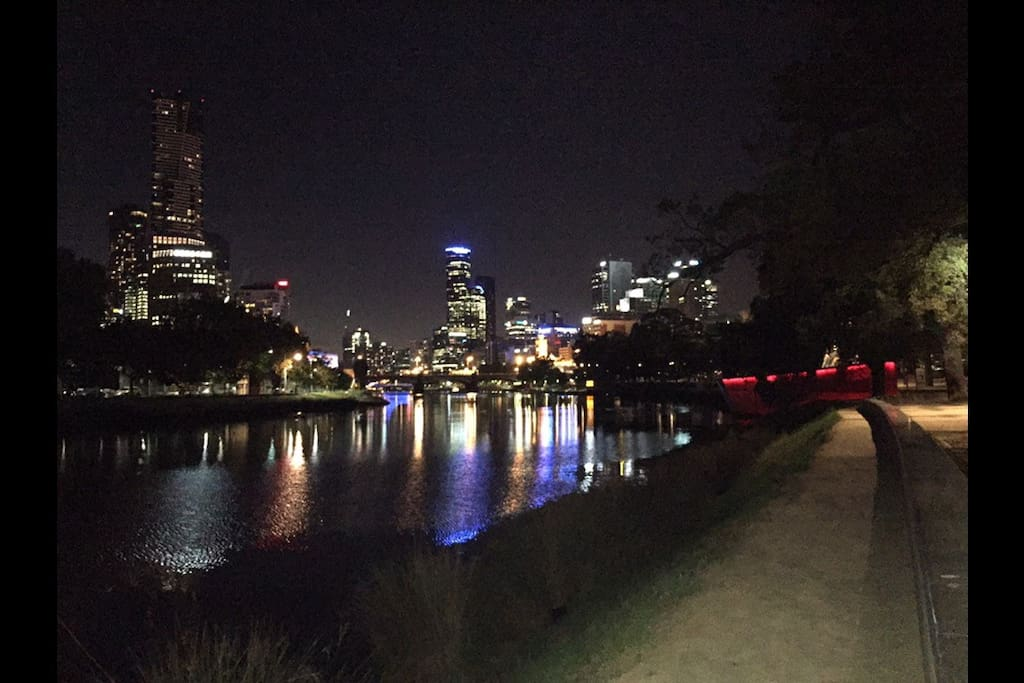 3 blocks from Melbourne's Southbank entertainment and dining prescient on the banks of the Yarra River. This shot was taken on one of my evening walks.