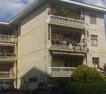 Ampio appartamento per soggiorno medio/brevi - Cumiana