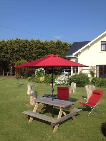 Abrae House B&B,  Sat NavLat (PHONE NUMBER HIDDEN). Lng 6-3499 - Rosslare Harbour - Bed & Breakfast