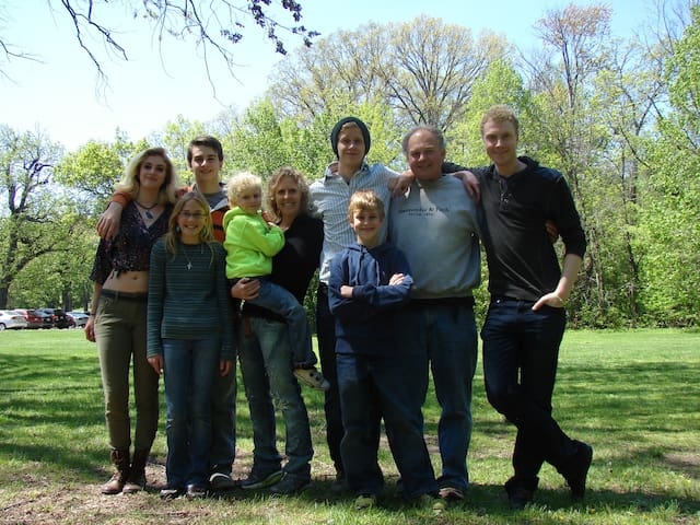 Our Family, The oldest are out of the home and youngest are still at home.