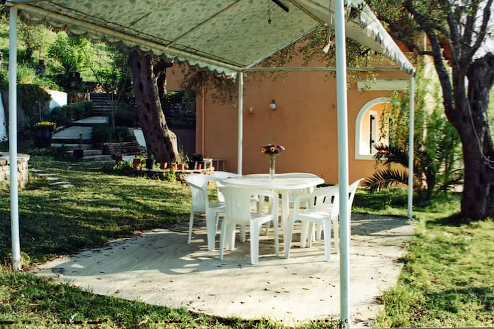 Two Bedroom apartment Kokkini Corfu