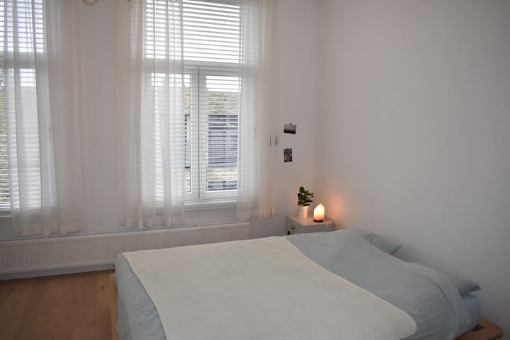Cosy Appartment//Lively area near Central Station