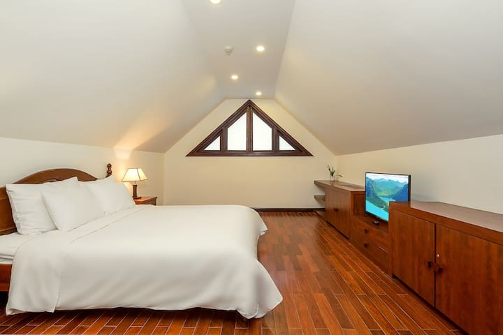 Bedroom 4 in Attic style