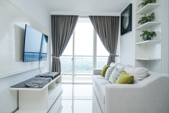 Luxury 2 Bedrooms Apartment at Ancol Mansion