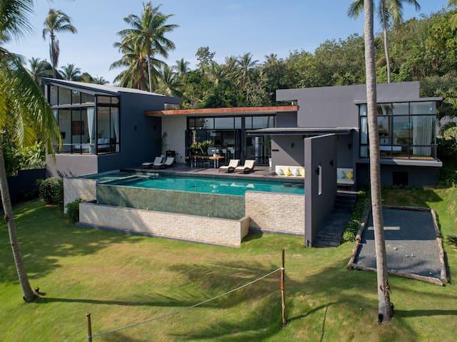 Braya Villa (including Breakfast & House keeping)