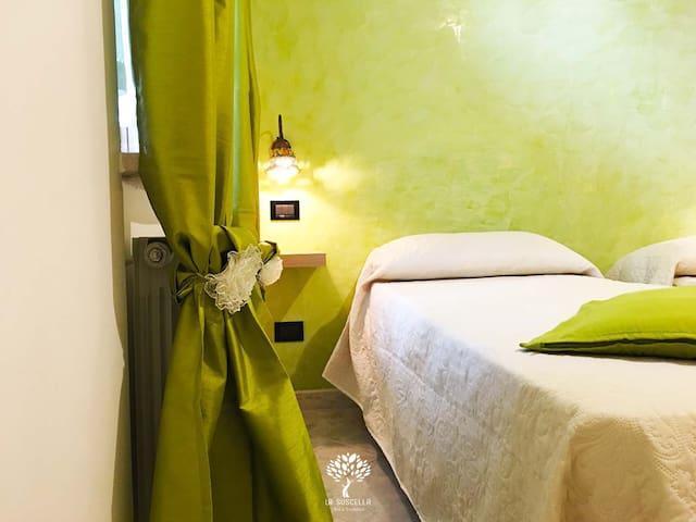 PRIMULA Room - La Suscella Bed & Breakfast