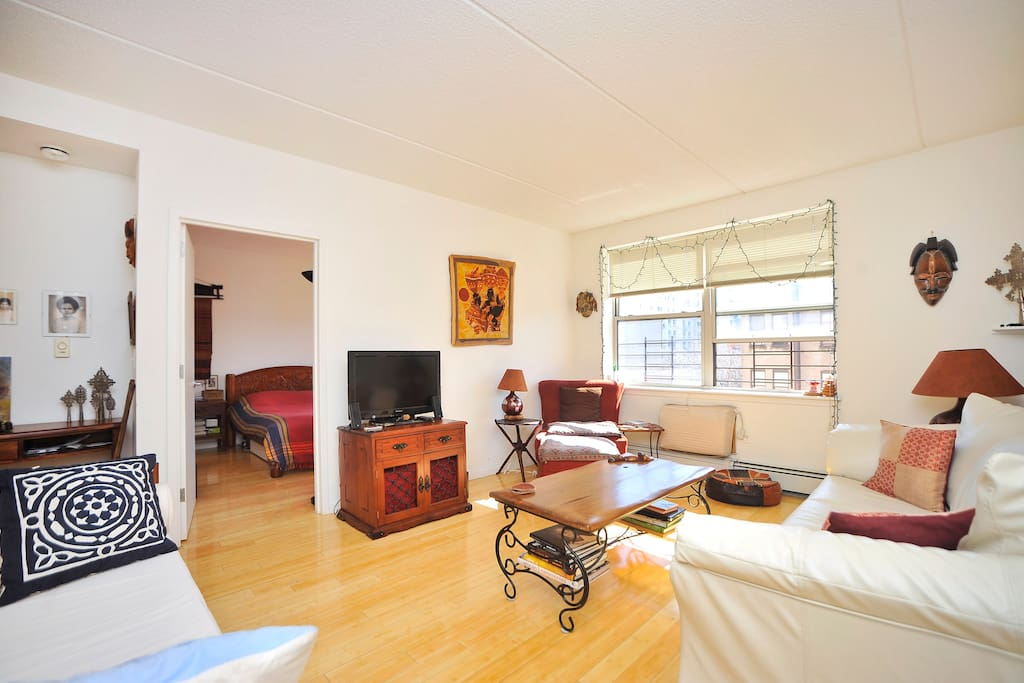Sunny room with private bathroom apartments for rent in new york new york united states for Rooms for rent in nyc with private bathroom