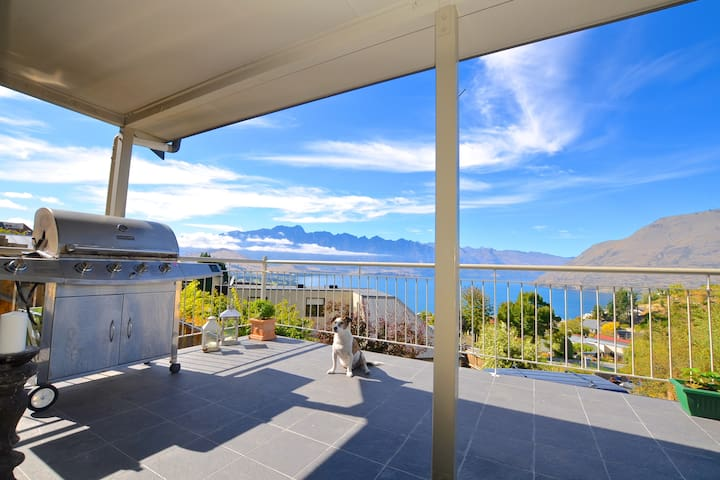 Very Large room, Lake & Mtn veiws - Queenstown - Bed & Breakfast