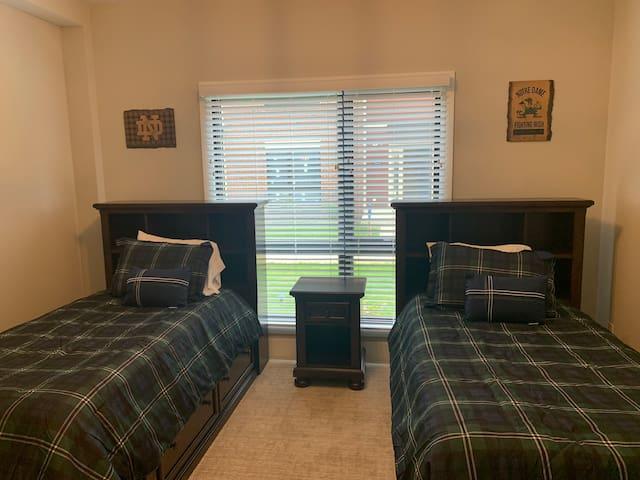 Twin Bedroom #1