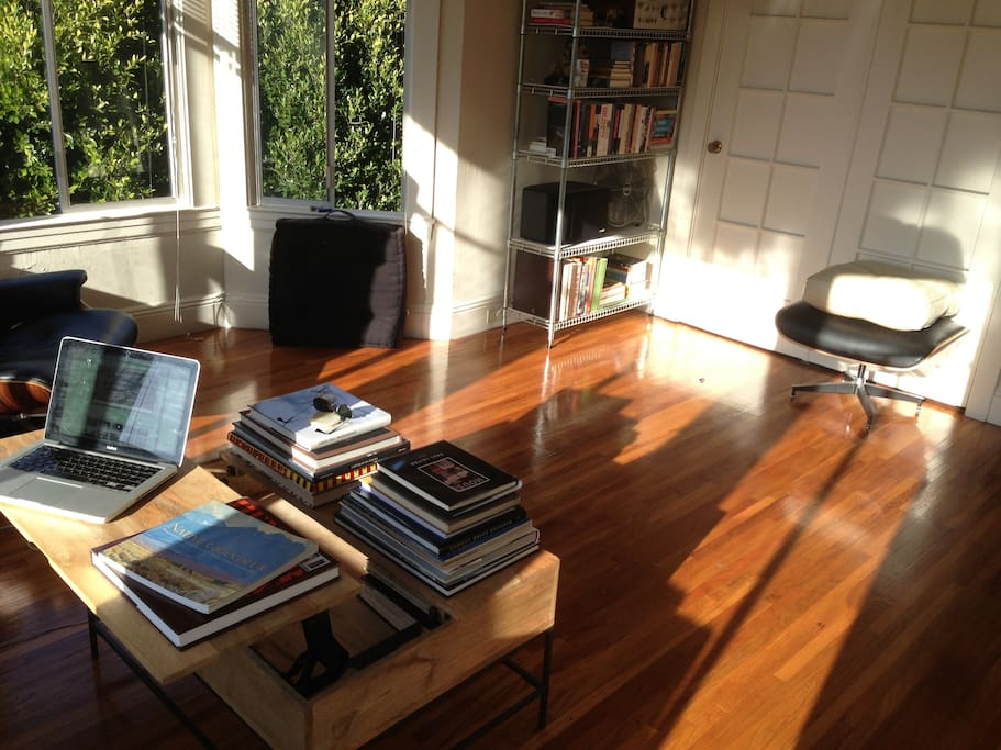 Workspace with Murphy Bed (up)