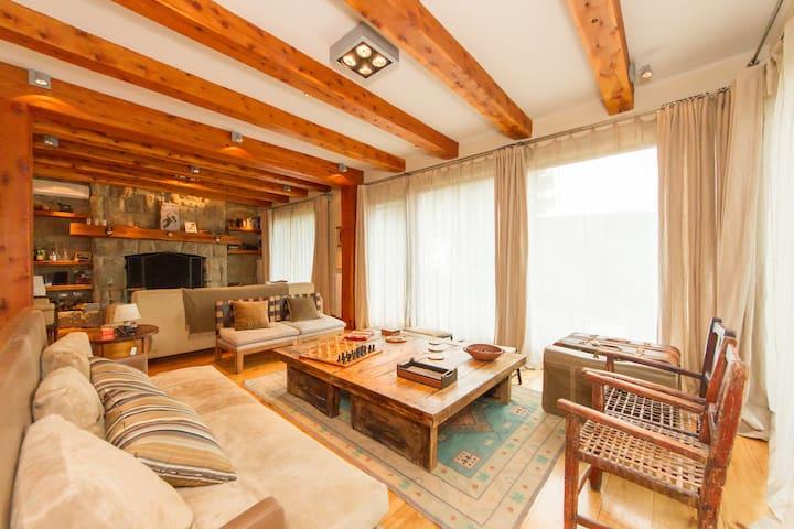 Luxury lakehome Bariloche Patagonia