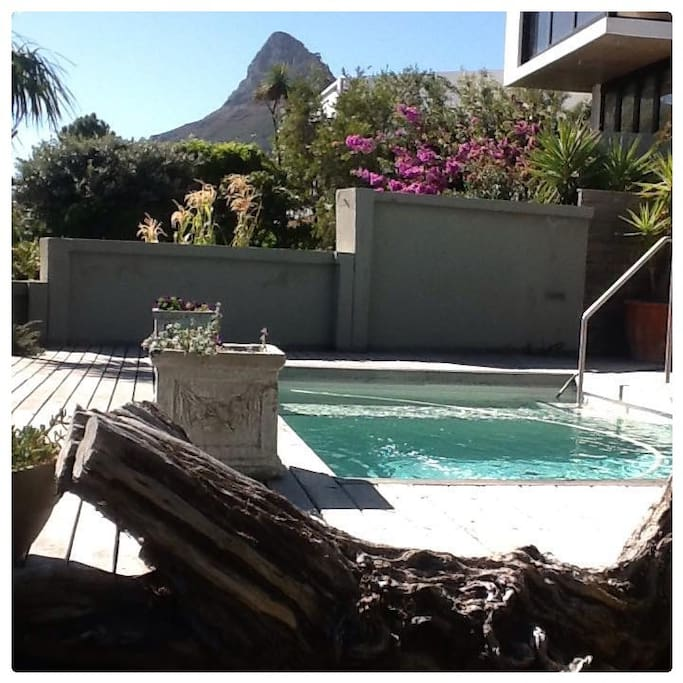 Pool deck with magnificent view of Lions Head.