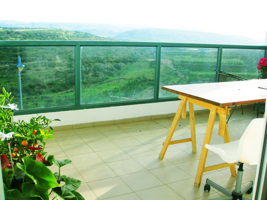 Wide balcony with to sit with a glass of wine, and watch the amazing view of the Samaria