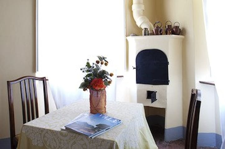 Villa La Dogana Suite Camelia - Lucca - Bed & Breakfast