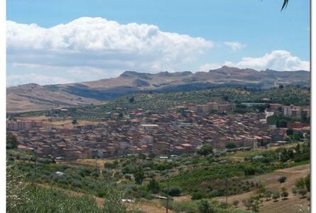 In the middle Sicily - Vallelunga Pratameno
