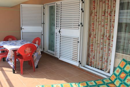 Kids friendly apart. 2 min to beach - Grao de Moncofa - Huoneisto