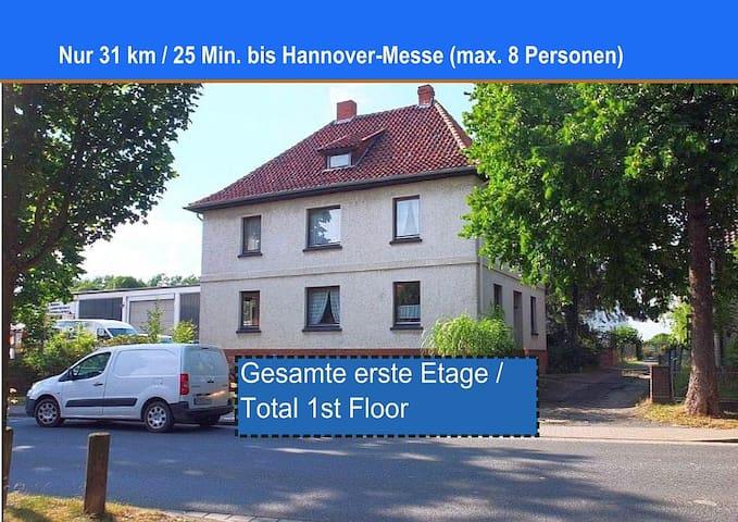 Komplette 1. Etage , 31 km bis Hannover-Messe - Schellerten
